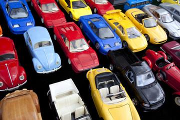 Des voitures pour faire réfléchir…